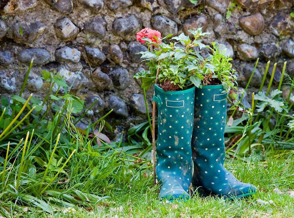 5 Upcycle Garden Ideas: Creative Ideas For Spring