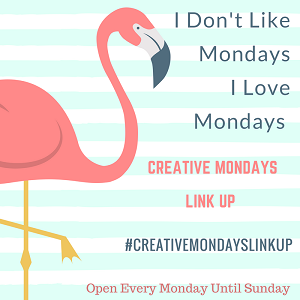 11/02/2019 Creative Mondays Link Up: Love Is In The Air