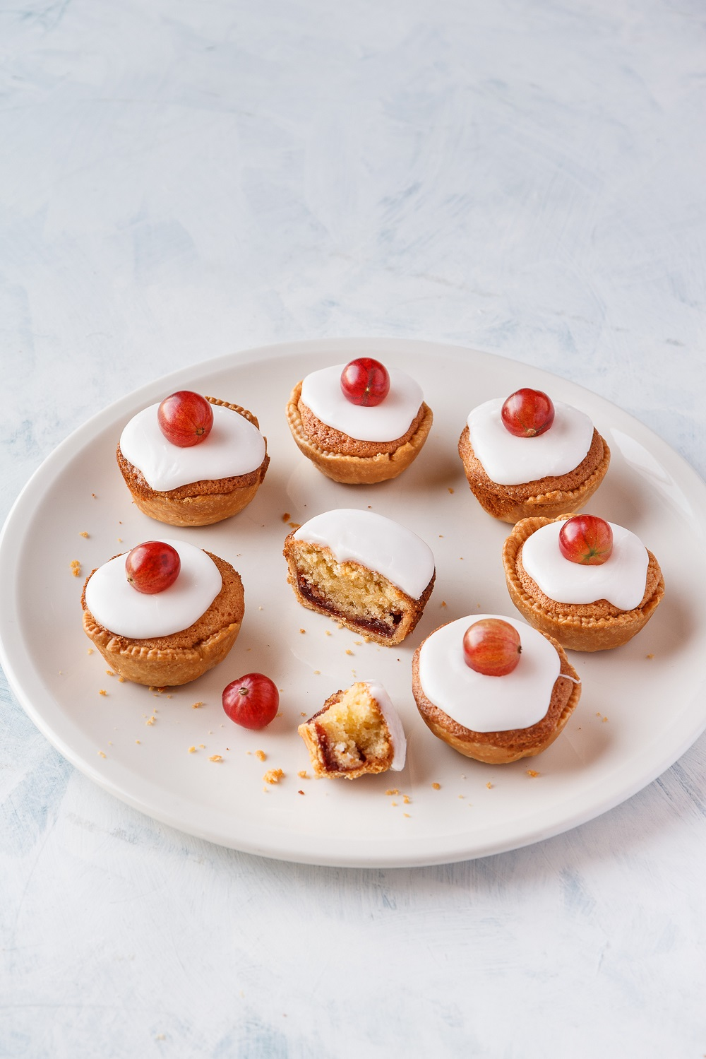 BerryWorld Red Gooseberry Bakewell Tarts