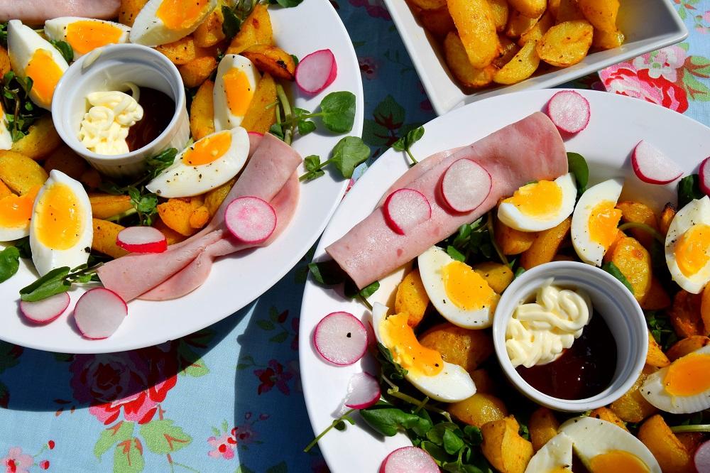 Sainsbury's British Gems Wedges, Ham And Egg Summer Salad