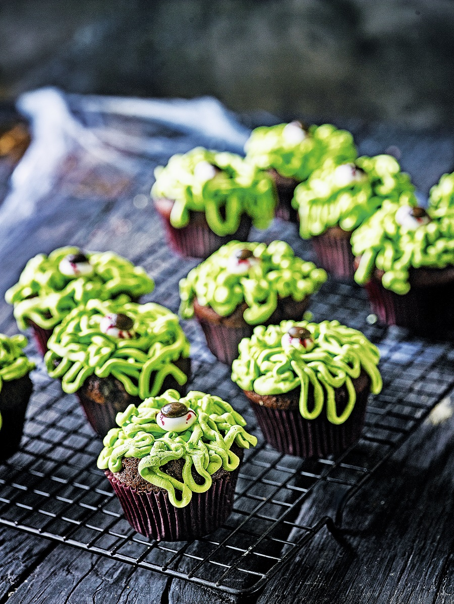 How To Make Green Thing Cupcakes For Halloween