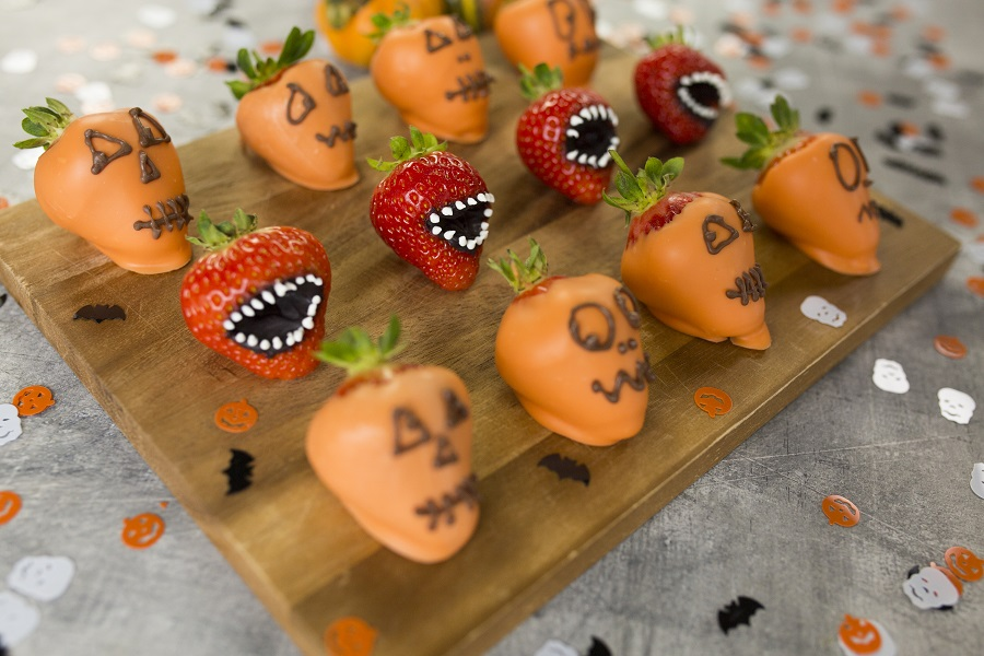 How To Make Strawberry Monster Mouths: Halloween