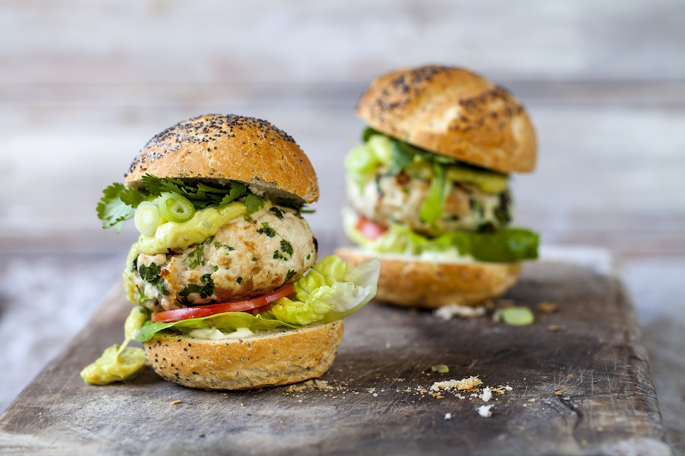 Turkey Burgers With Pea Guacamole