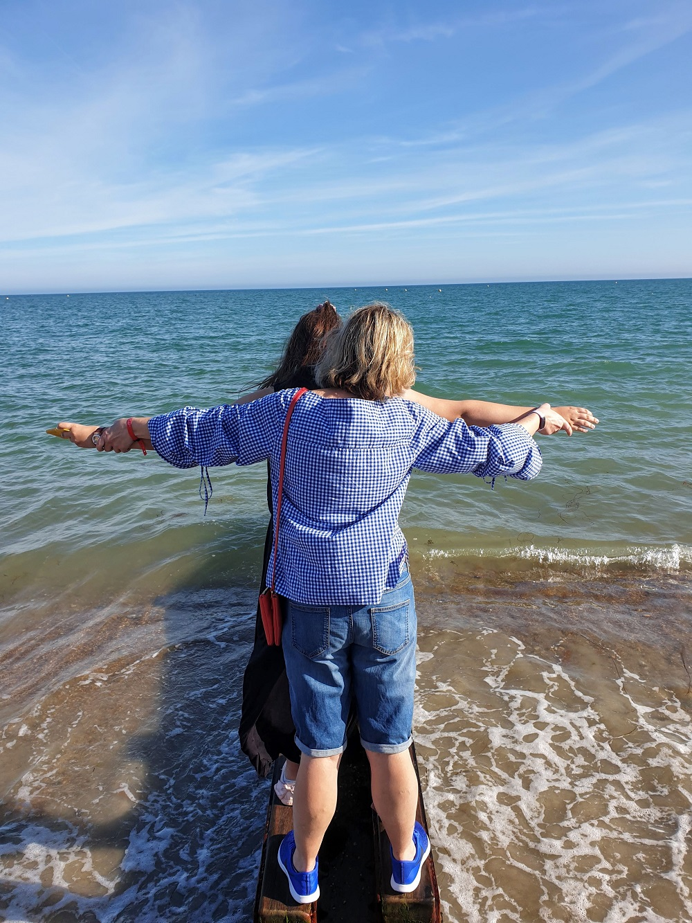 Checked Shirt, Holiday Fun And A Titanic Pose #LinkUp