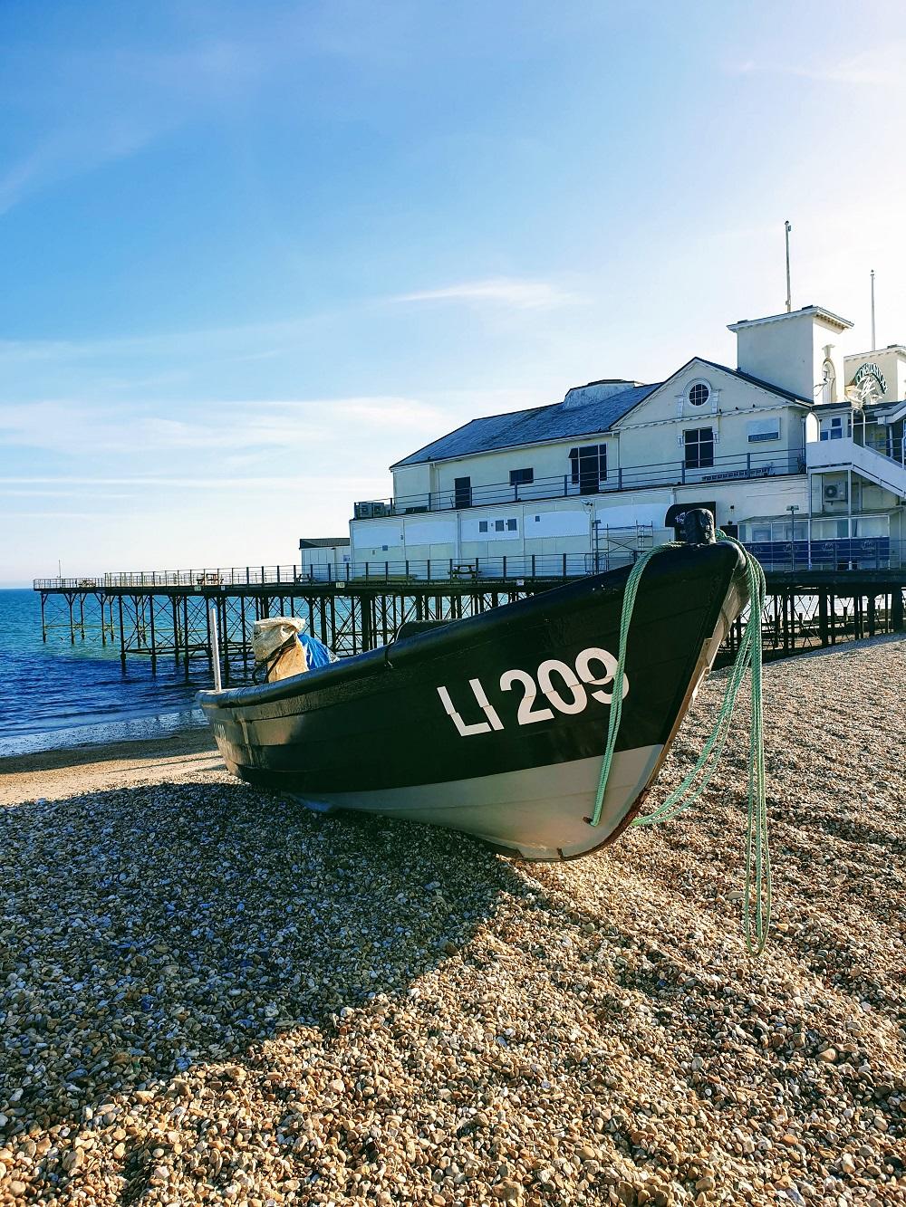 Picture Of A Beach: Boats On The Sea Shore Bognor Regis