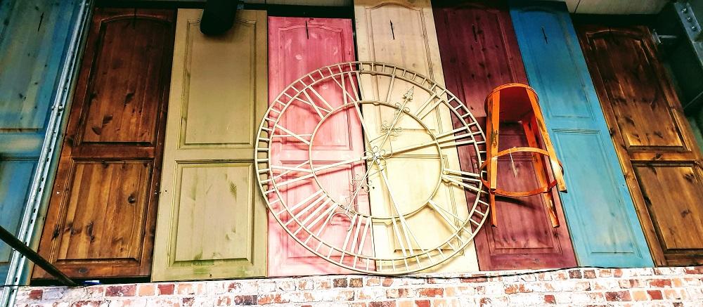 Betel Restored Furniture: Creative Mondays Link Up