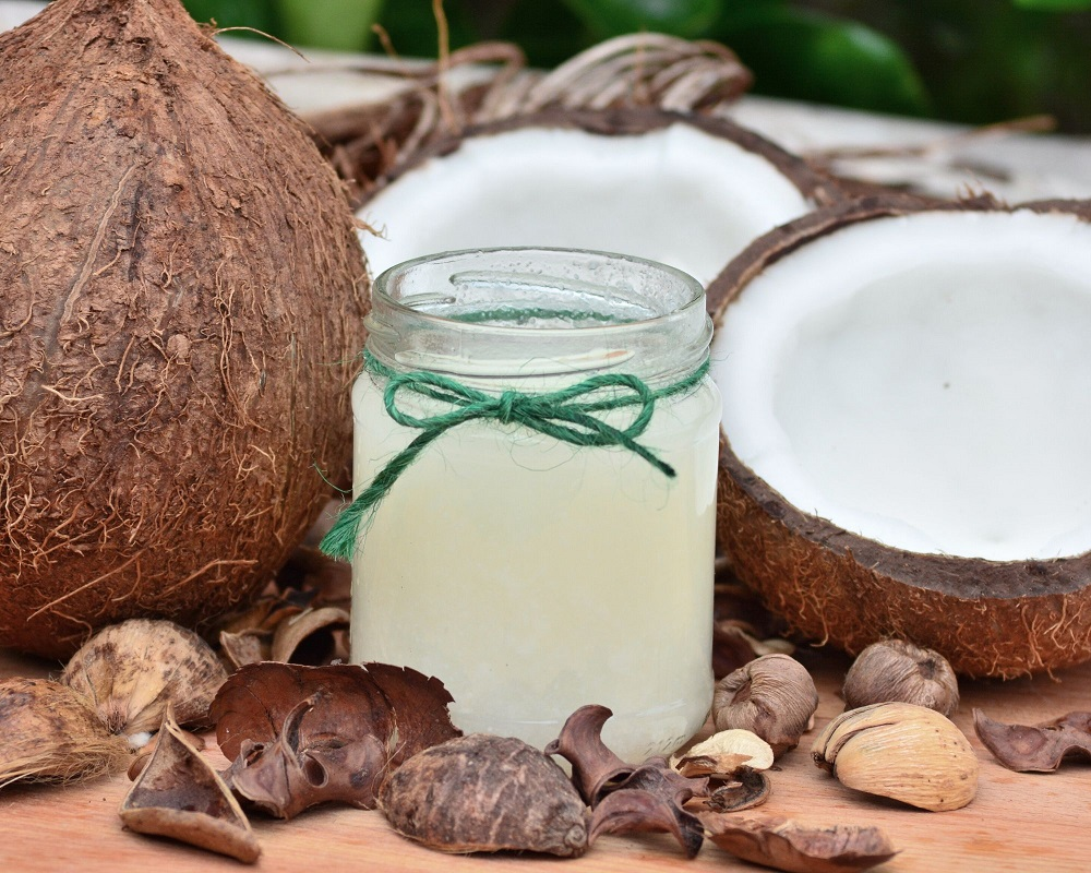 5 Creative Ways To Use Coconut Oil Right Now.