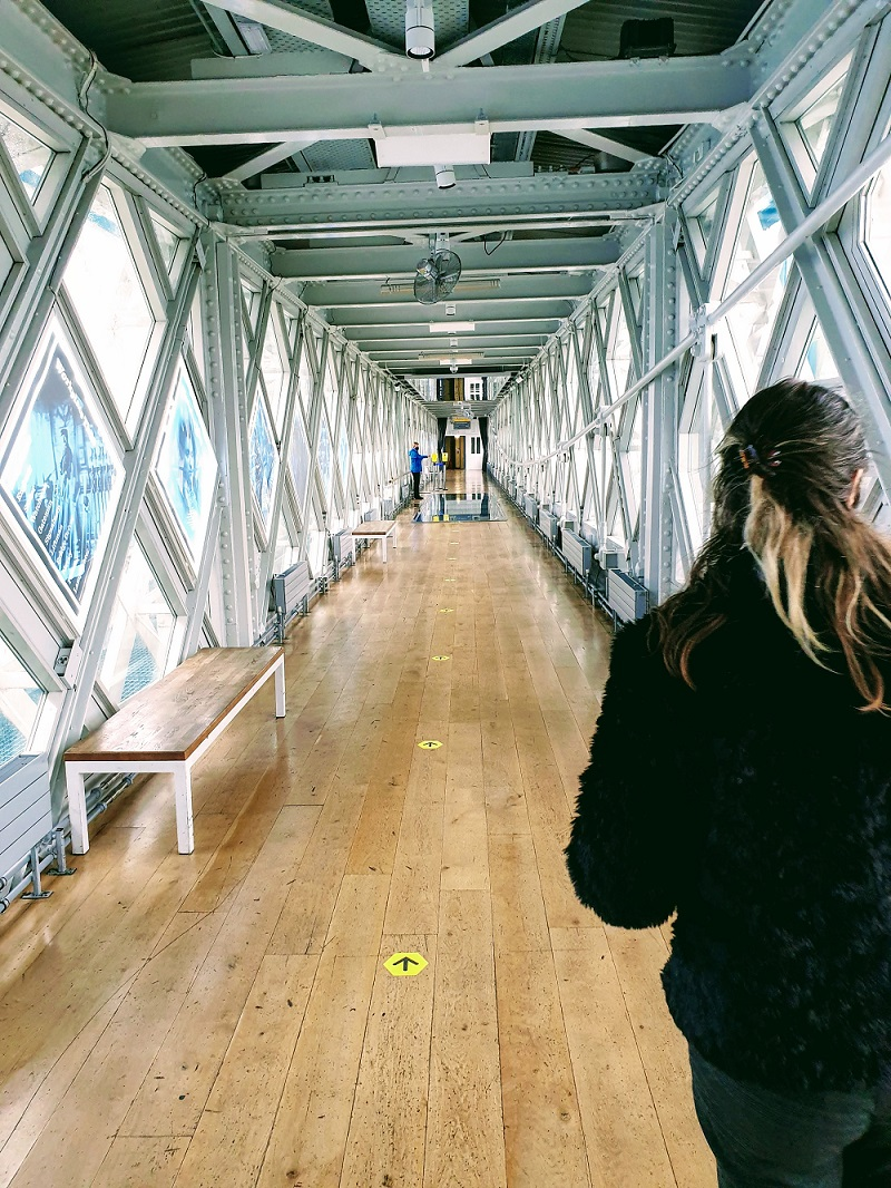 A Walk Over Tower Bridge: Thing's To Do In London