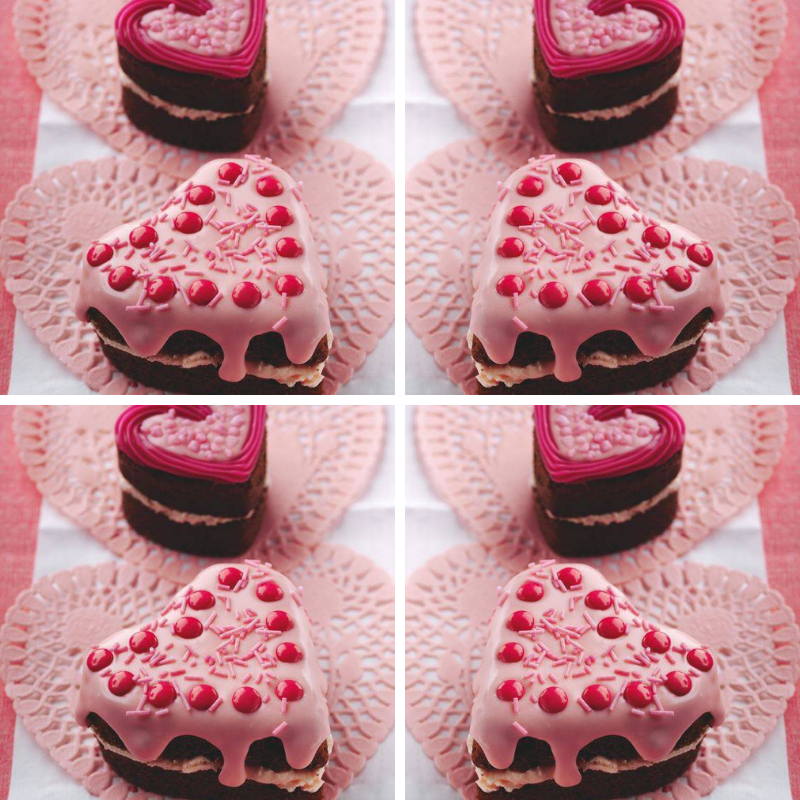 Mini Heart-Shaped Chocolate Cake: Valentine's Day Cakes