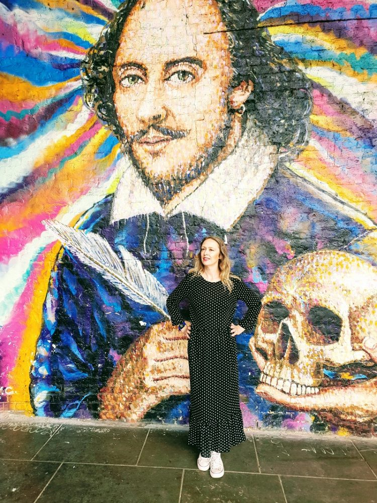 William Shakespeare Street Art, London And Outfit Post