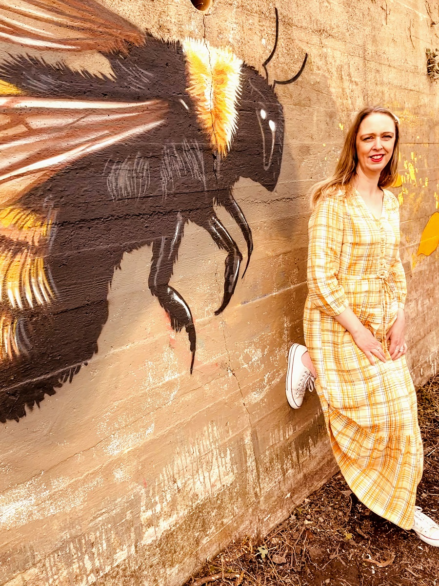 Bee Kind, Bee Honest, Bee Positive, Bee Happy, Bee Grateful, Bee You.