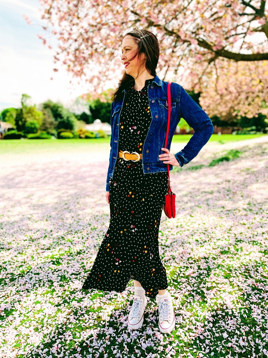 How To Wear Spring Dresses When It's Not That Warm