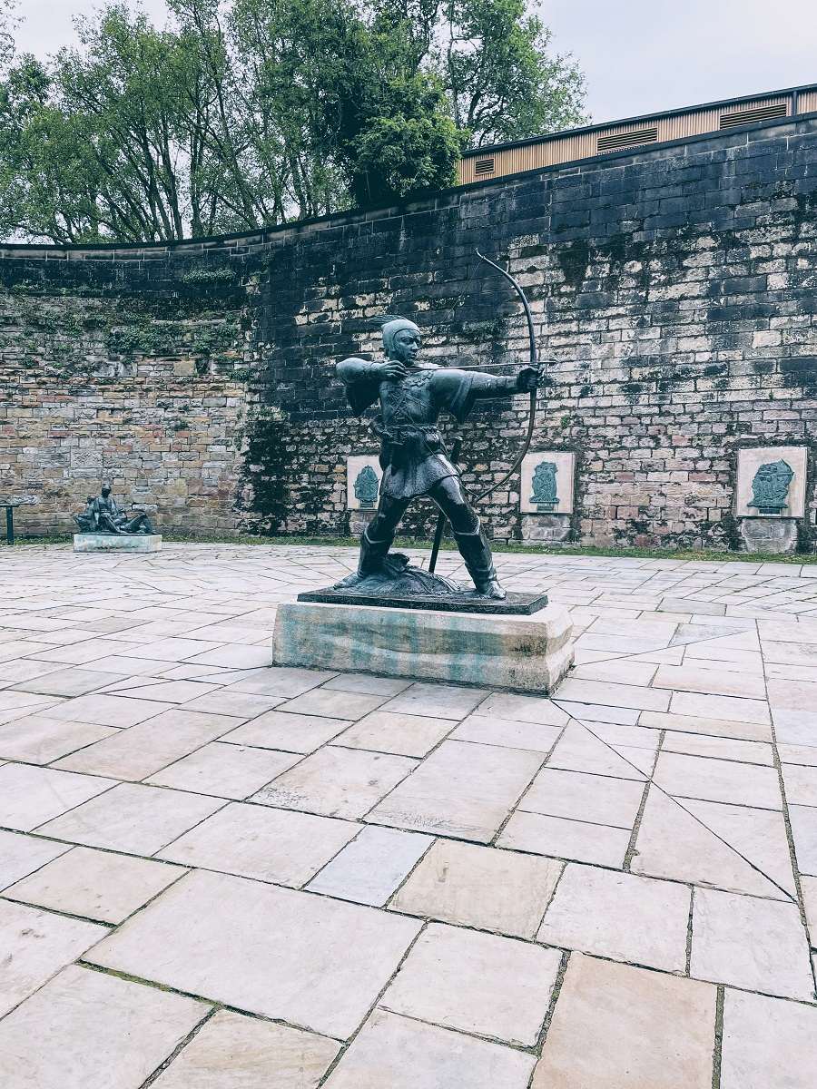The Robin Hood Statue